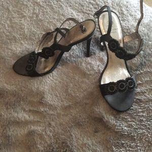 Adriana Papell shoes